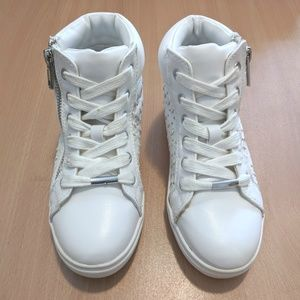 Steve Madden Shoes - Steve Madden JCrush hightop sneakers